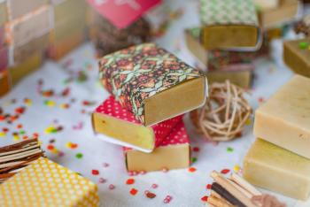 10 Best Shampoo and Conditioner Bars to Go Green