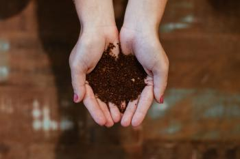 How to Choose the Perfect Bokashi Composting Starter Kit for You!