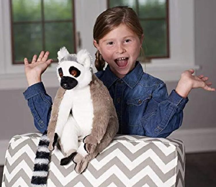 girl and lemur