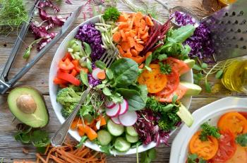 How to Lose Weight with a Plant Based Diet. The Benefits.