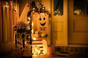 Best Sustainable Halloween Outdoor Lights to Impress Everyone